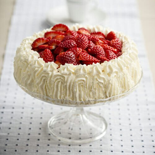 "Celebration Cake Recipes: Recipe: ""Jordgubbstårta"" Strawberry Celebration Cake"